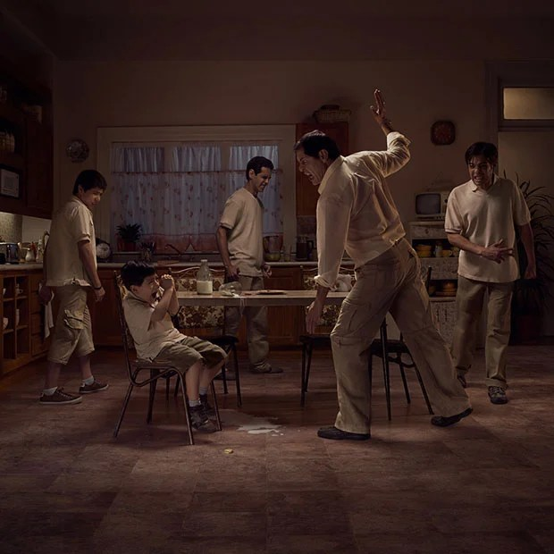 The Cycle of Abuse Illustrated Through Single Photos and Multiple Models adphoto1