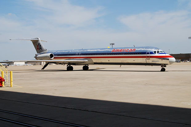 Some Airlines Saying No to Onboard Photography americanair0