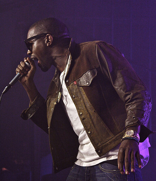 Kanye West In Hot Water After Attacking Paparazzi Photographer at Airport 517px Kanye West Jacket