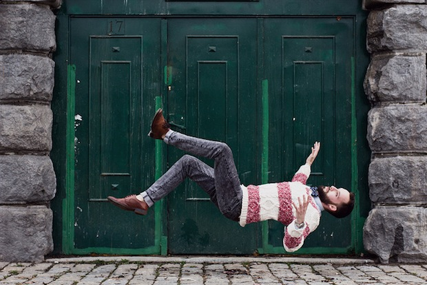 Photos of Falling Subjects Moments from Disaster falling6