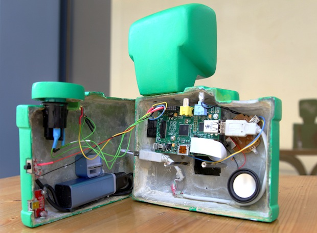 Sprites Raspberry Pi Camera: Marketing Stunt Meets DIY Photography spritecam2