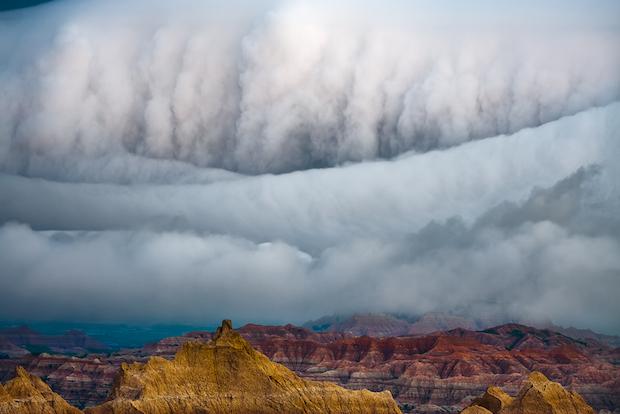 Badlands Sis Fırtına