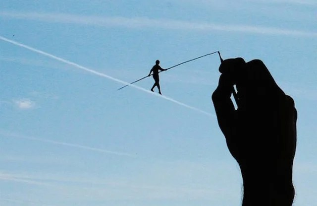 Artist Uses Forced Perspective Photography to Capture Whimsical