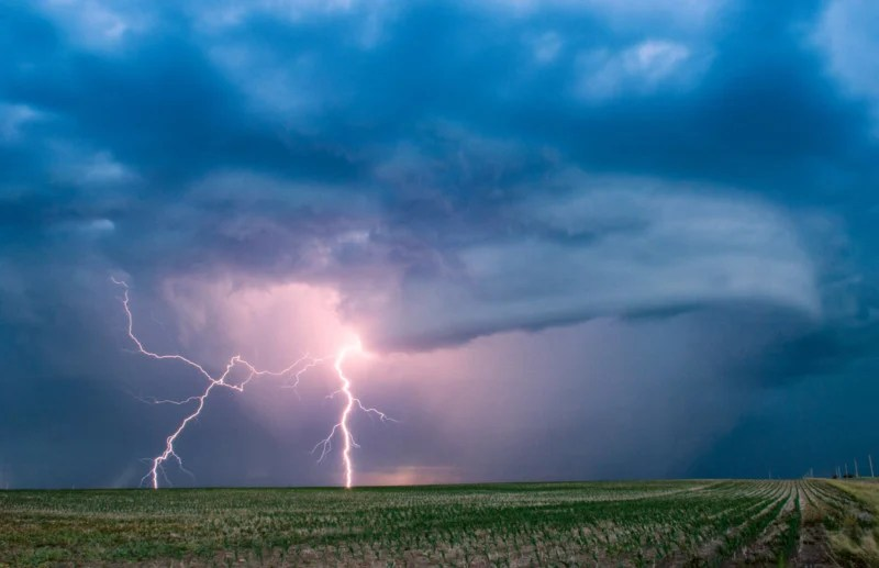How to Photograph Lightning Helpful Tips for Nailing the Shot