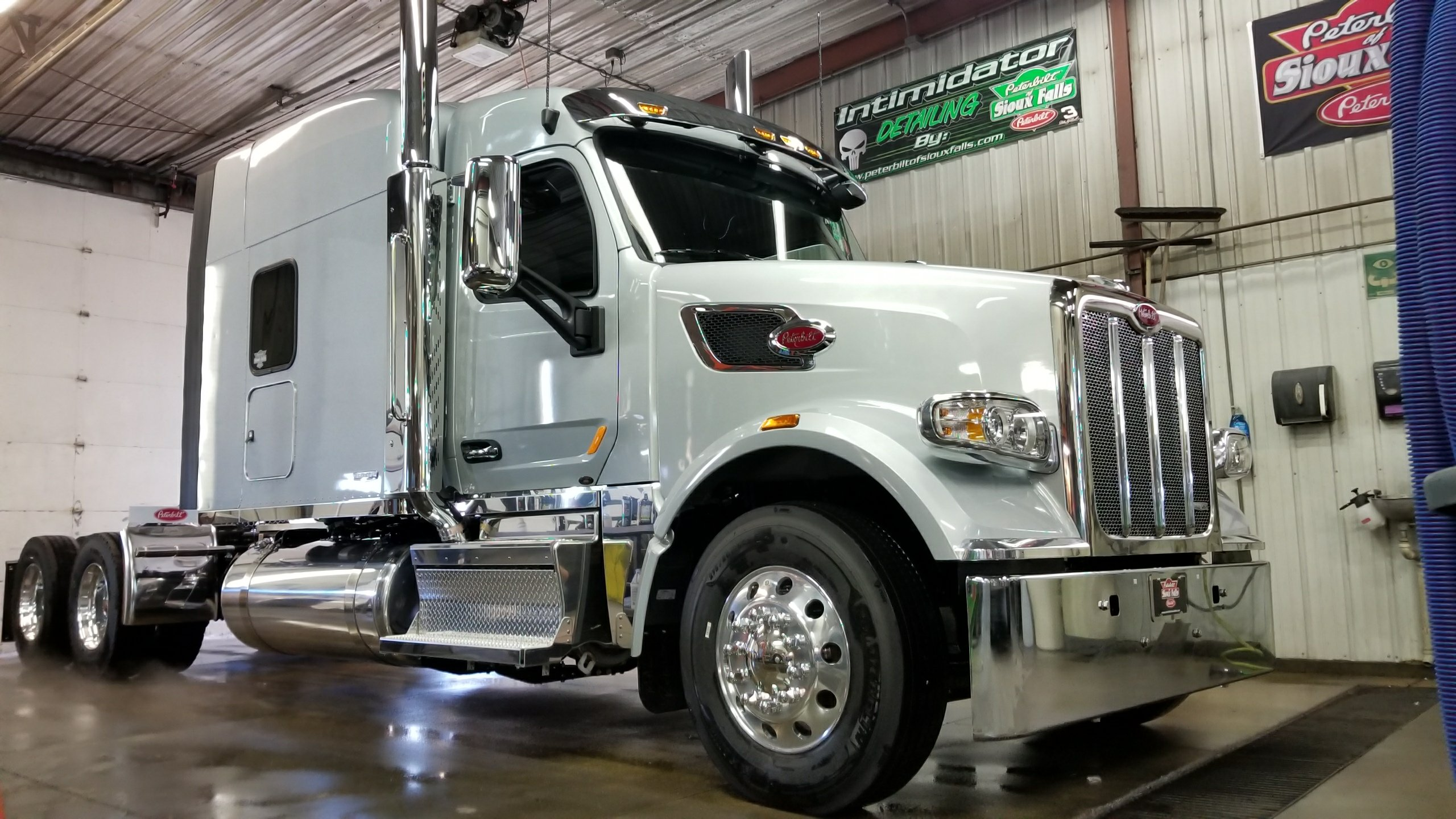 Wallpaper Stores In Sioux Falls Sd 567 Heritage Edition Peterbilt Of Sioux Falls