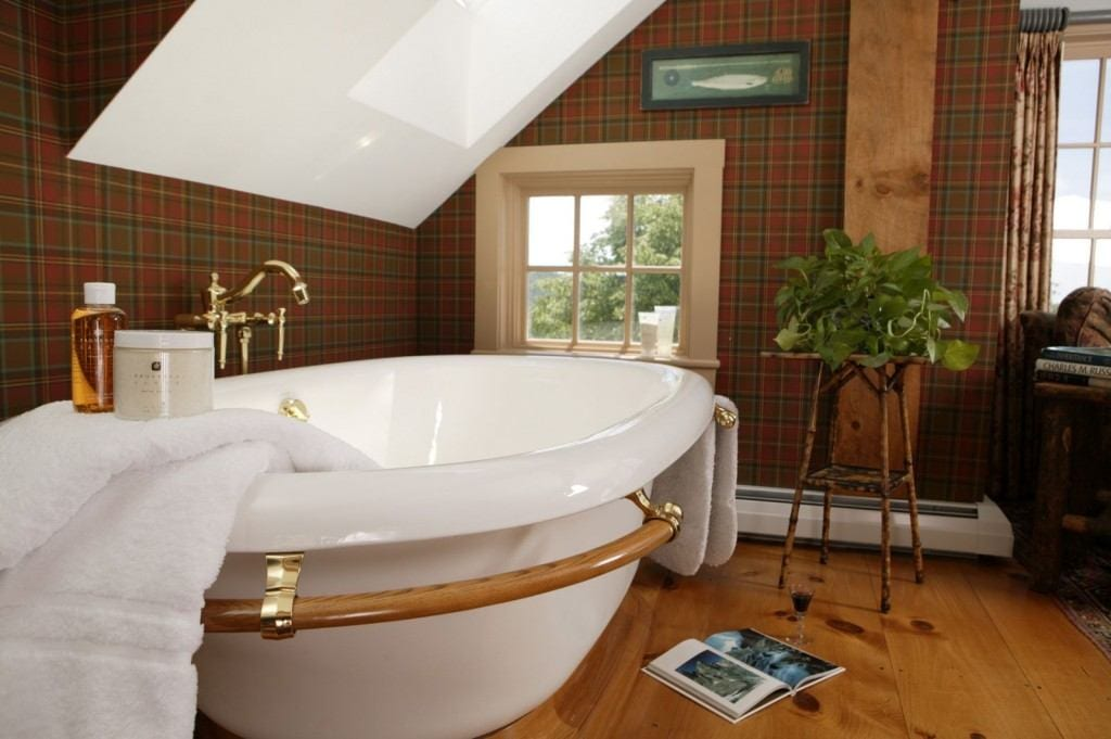 New England Fall Foliage Wallpaper The Best Hotel Bathroom Amenities For Fall In New England