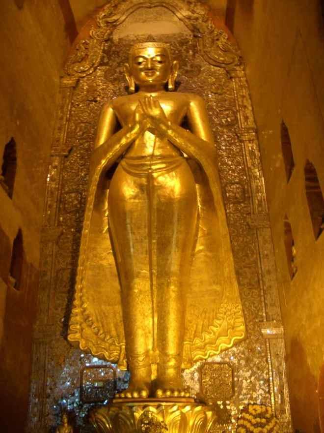 Myanmar, Buddha in Bagan