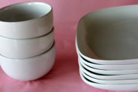cheap plates and bowls