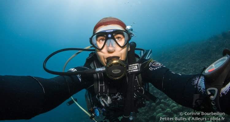 Corinne Bourbeillon, photographe subaquatique.