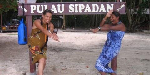 Linda et moi à Sipadan... Tortues et requins à gogo!!! Bornéo, Malaisie, juillet 2009.