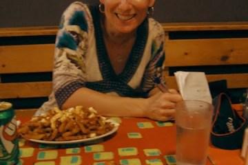Une poutine à La Banquise, à Montréal, avec Marie-Julie Gagnon !