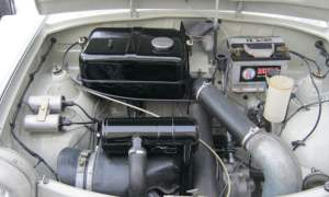 Right-hand drive Trabant 601 engine bay