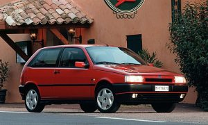 Red Fiat Tipo 2.0 16v