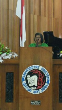 Pdt. Dr. Henriette Hutabarat-Lebang