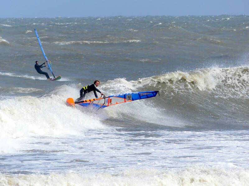 Phil Soltysiak CAN 9 backside waves at the Lighthouse in Cape Hatteras, North Carolina. Pic by Keith McCulloch.