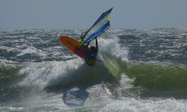 CAN 9 top turn windsurfing Pistol River Oregon - Photo by Ryan Allderman