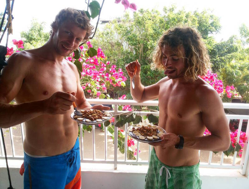 Eating Açaí after windsurfing with Steven Van Broeckhoven last year