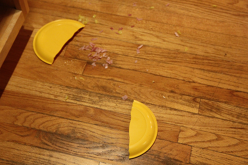 UhOh. Did you drop the plate, or did an evil spirit push it off the counter?