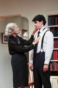 4000-philadelphia-theatre-company-review