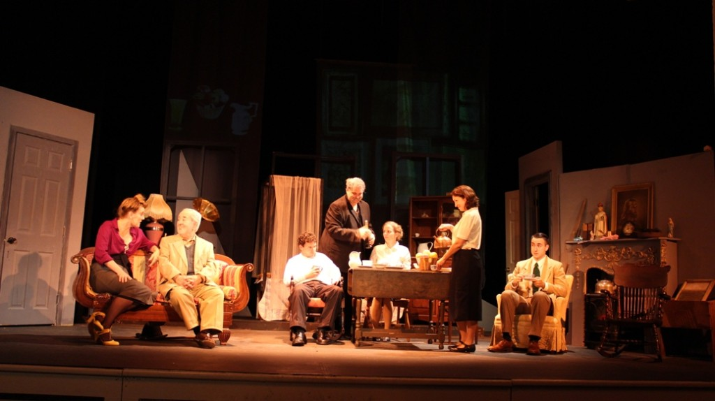 Angelique Bouffiou, John Cannon, Kevin Rodden, Ethan Lipkin, Kirsten Quinn, Gina Martino, and Dexter Anderson in IHT's JUNO AND THE PAYCOCK (Photo credit: Armen Pandola and Alexis Mayer)