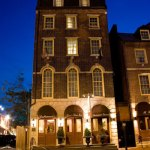 Penn's View Hotel: A charming family-run hotel in the heart of Philadelphia's historic district