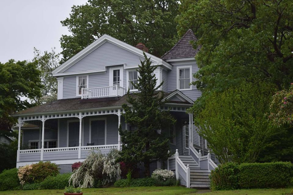 The O'Neill House, the inspiration for the Tyrone home in LONG DAY'S JOURNEY INTO NIGHT. Photo by E. Ashley Izard.