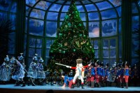 George Balanchine's THE NUTCRACKER (PA BALLET): A spectacle of dancers, magic, and color