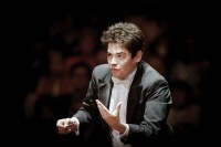 Lahav Shani leads Philadelphia Orchestra with music by Lindberg, Stravinsky, and Prokofiev