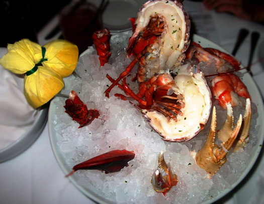 New Restaurant Open at Scottsdale Quarter: Dominick's Steakhouse: Seafood platter