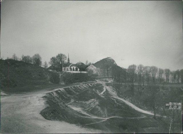 Вид на Лису гору і костел св. Войцеха, фото поч. XX століття