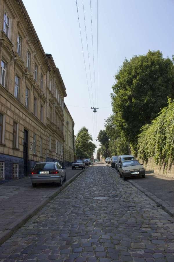 Вулиця Яна Длугоша (нині - Кирила і Мефодія) у Львові. Фото 2015 року