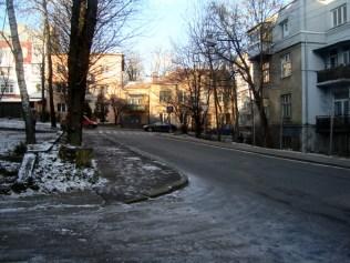 Перетин вулиць Цегельського та Генерала Чупринки (вигляд із вул. Цегельського), 2015 рік