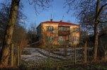 Будинок, де жила Олександра Любич-Парахоняк в місті Винники. Фото приблизно 2012 року