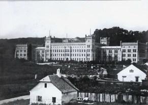 Дім Інвалідів на вул. Клепарівській. Фото 1861-1870 рр.
