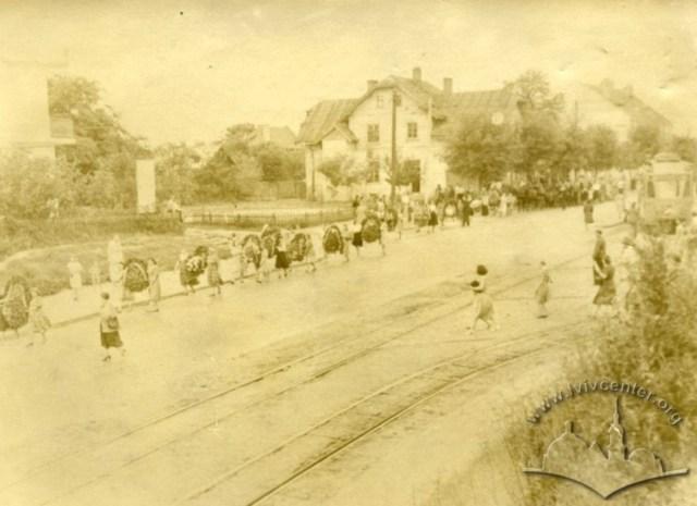 Трамвайні шляхи по вул. Левицького. Фото 1940-1941 рр.