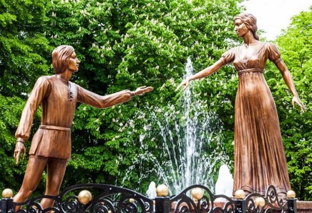Пам'ятник львівським Ромео та Джульєті, фото 2014 р. з http://lviv-tourist.info