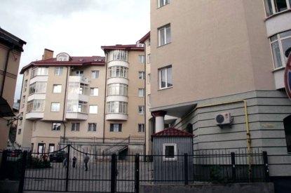 Новобудова на вул. Павла Римлянина, яка закрила залишки бастіону №4