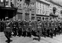 Військовий парад 9 травня 1945 року у Львові