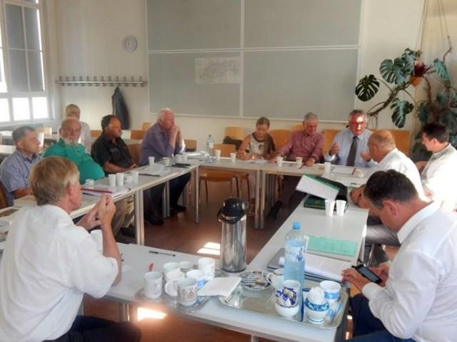 Засідання журі у Відні (джерело фото http://frankoprize.com.ua/wp-content/uploads/2016/08/DSCN3386-e1471525670629.jpg)