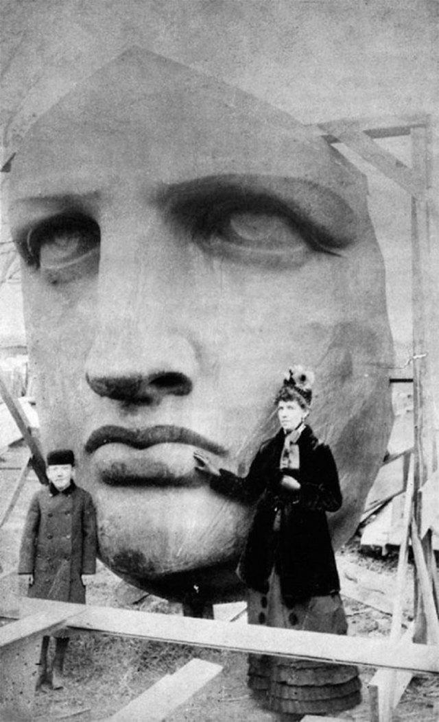 Розпаковування голови Статуї Свободи, 1885р.