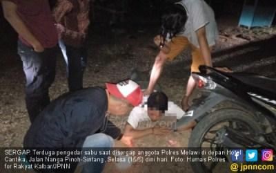 Detik-Detik Polisi Melakukan Penangkapan, Ini Fotonya ...