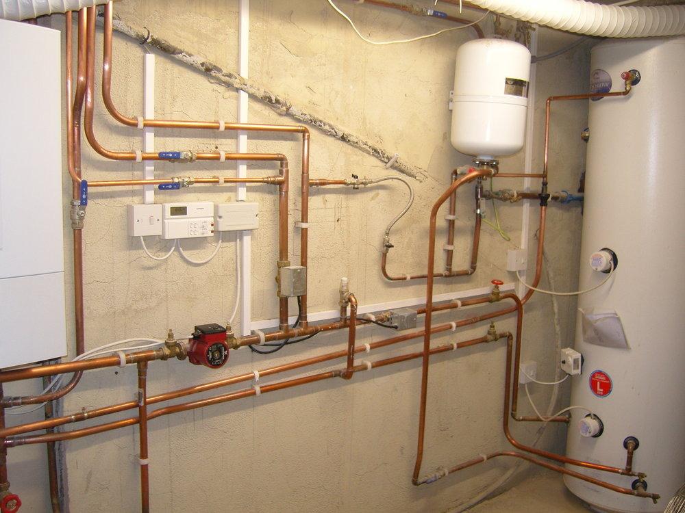 Daks Plumbing Heating Plastering Specialists 100