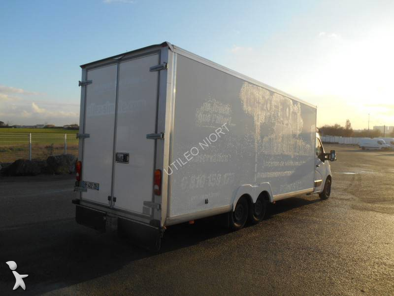 Location Utilitaire Albi Camion 30m3 Occasion. Renault Master 30m3 Occasion. Camion