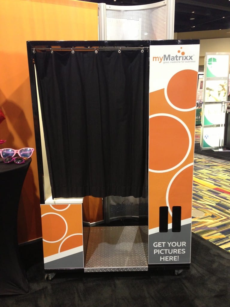 Photobooth Maison 4 Awesome Trade Show Booth Ideas