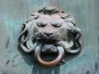Free Stock photo of Door knocker of a lions head ...