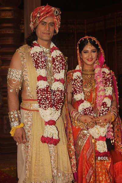 Devo Ke Dev Mahadev Wallpaper Hd Shiv And Parvati After Their Wedding Ceremony On The Sets