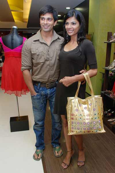 Amara fashion launch Photogallery - Times of India