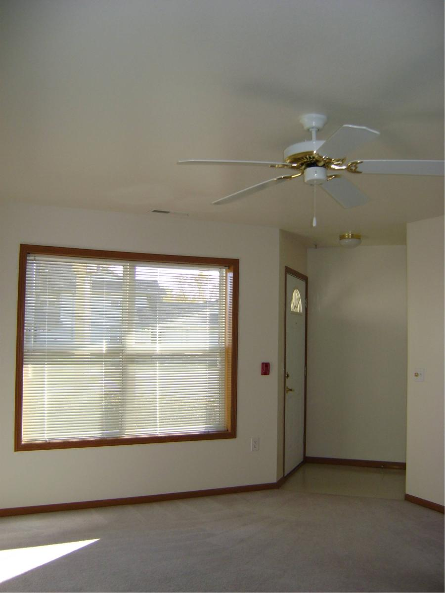 Ceiling Fan Size For Garage N67w24969 Stonegate Court Sussex Wi 53089 Hotpads