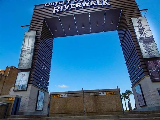 Skyline Plaza Restaurant The Riverwalk In New Orleans – Photo News 247