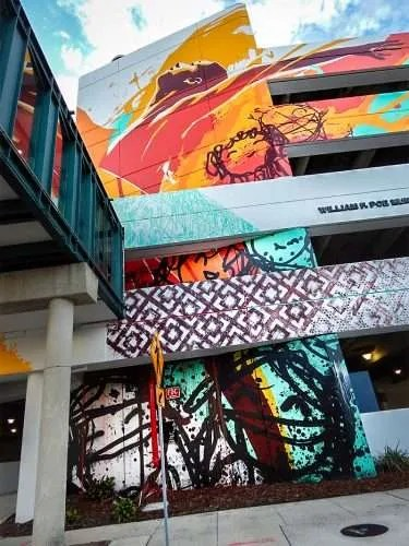 Garage Builders Tampa Bask Tes One Turn Lifeless Garage Into Colorful Work Of Art